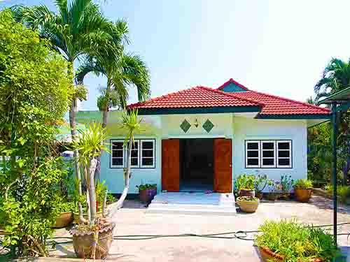 บ้านพักหัวหิน หาดทรายขาว หัวหิน White Sand Beach Huahin Poolvilla Hotel