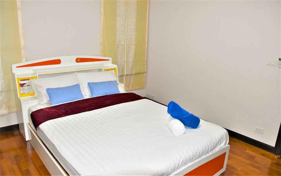 บ้านพักหัวหิน เดอะ ร็อคโฮม พูลวิลล่า (ห้องพลอย)