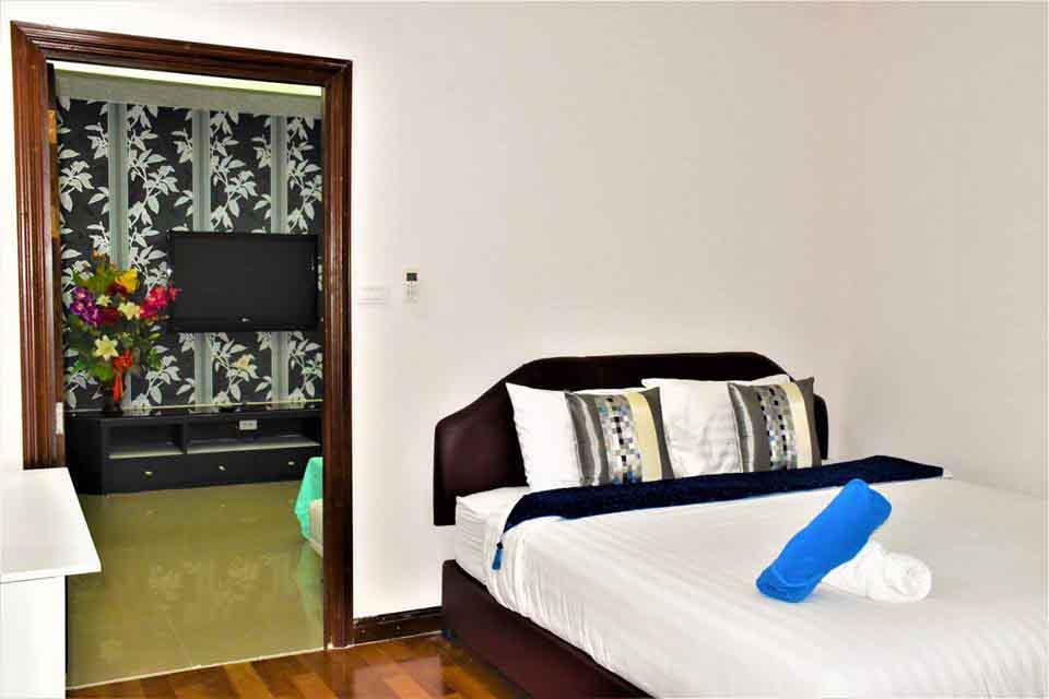 บ้านพักหัวหิน เดอะ ร็อคโฮม พูลวิลล่า (ห้องเพทาย)