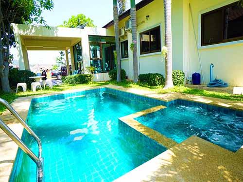 บ้านพักหัวหิน ชัยพฤกษ์ หัวหิน ชะอำ พูลวิลล่า  Chaiyaphruek Huahin Cha-Am Poolvilla Hotel