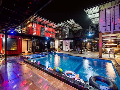 บ้านพักหัวหิน เฟิร์สเฮาส์ หัวหิน พูลวิลล่า First house Poolvilla Huahin Hotel