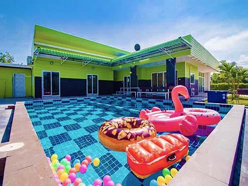 ที่พักหัวหิน กรีน เฮาส์ หัวหิน พูลวิลล่า Green House Huahin Poolvilla